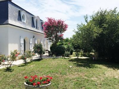 vente villa 6 chambres plus 200 m2 habitables avec piscine 20 minutes bordeaux
