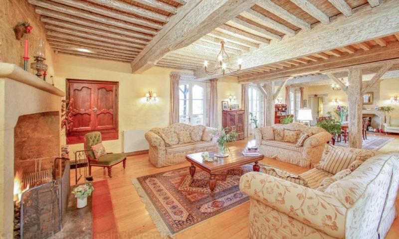 Ancien monastère avec 2 maisons d'hôtes a vendre a paulhiac lot-et-garonne