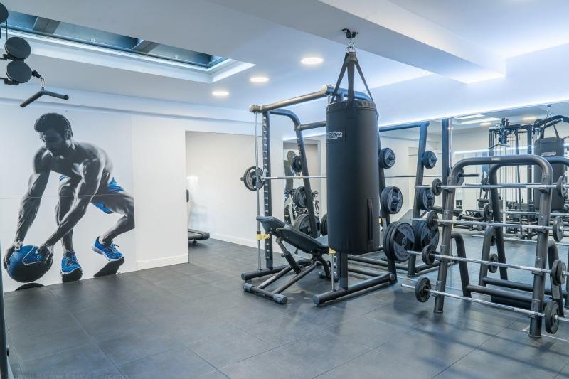 Maison haut de gamme avec salle de sport a vendre bordeaux proche centre