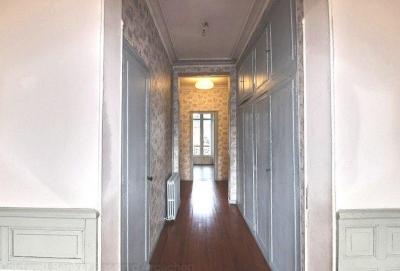 Vente appartement 5 chambres dans hôtel particulier a Bordeaux entre Barrière Saint-Médard et Barrière du Medoc