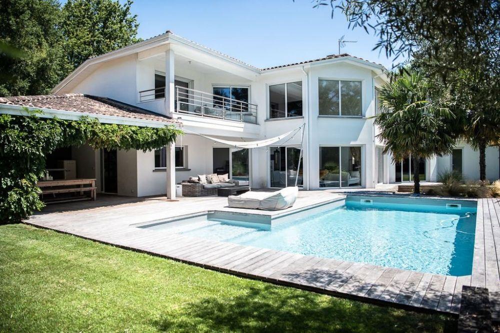Maison d'architecte avec piscine à vendre à SAINT-AUBIN-DE-MÉDOC - Coldwell Banker
