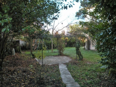Vente Maison / Villa BORDEAUX LE BOUSCAT VILLA idéalement située avec une vue dégagée sur le champ de course  - 4 chambres