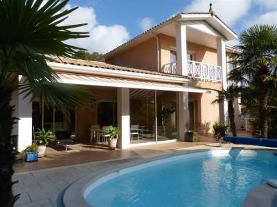 villa avec piscine Arcachon aux Abatilles