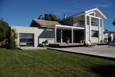 vente villa de luxe en bardage bois Bassin Arcachon