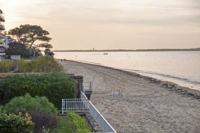 villa d'exception à vendre les pieds dans l'eau Arcachon