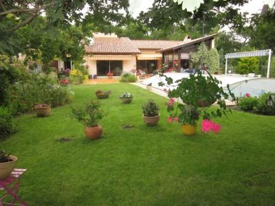 Grand jardin Villa Super pyla arboré calme