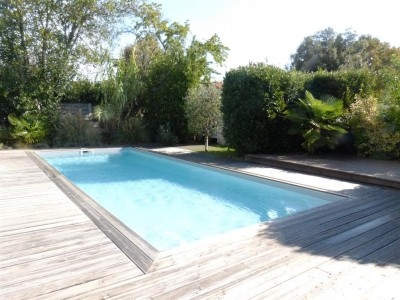 à vendre  maison avec piscine sans vis à vis teste de buch