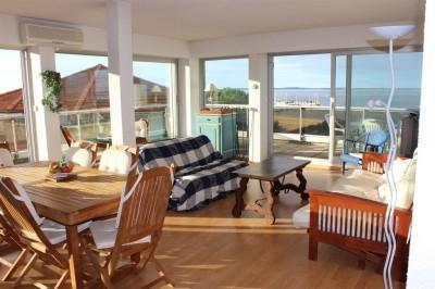séjour lumineux centre arcachon avec terrasse vue mer