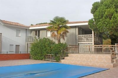 résidence calme appartement avec piscine