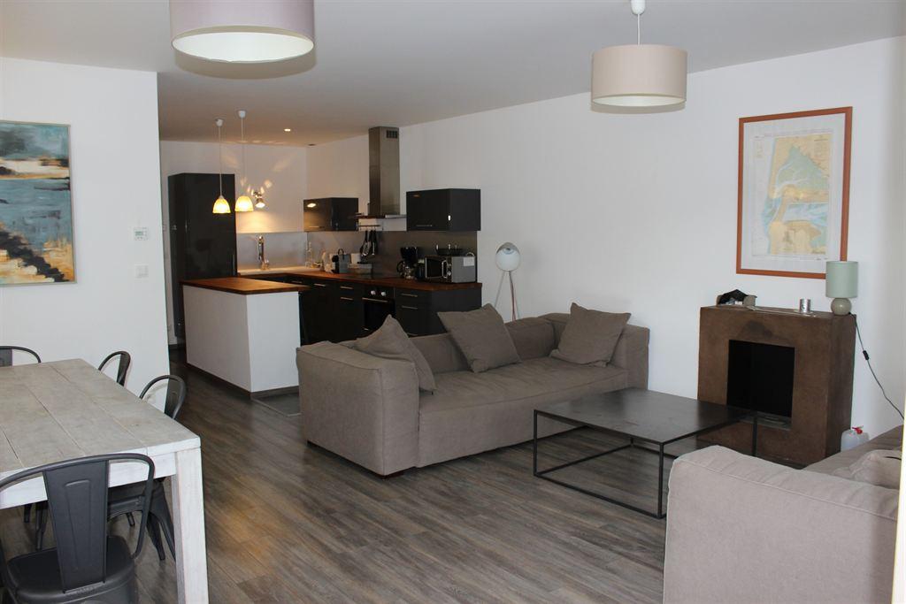 recherche appartement avec grande terrasse proche commerces Arcachon