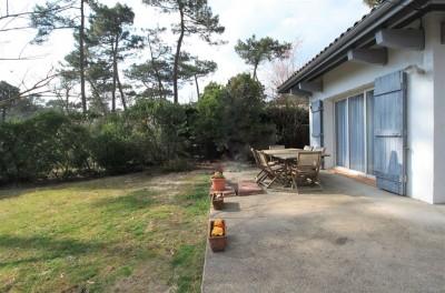 Villa Gaume rénovée sur grand terrain proche plage à vendre PYLA SUR MER