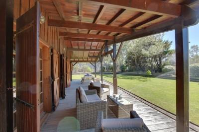 villa de luxe en bois à vendre accès direct plage