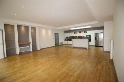 Appartement entièrement rénové a vendre au centre Arcachon