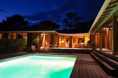 villas de prestige en bois à la vente avec piscine Pyla sur Mer