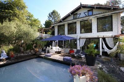villa avec piscine à vendre proche lac de Biscarrosse