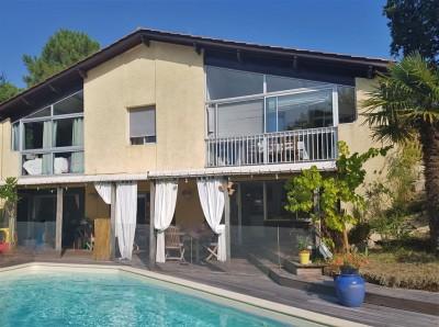 villa familiale à vendre 6 chambres Pyla sur Mer