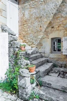 Vente Maison / Villa DORDOGNE-PERIGORD SARLAT - CENAC ET SAINT JULIEN FERME RENOVEE AVEC PISCINE