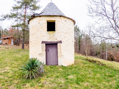 Vente Maison / Villa DORDOGNE-PERIGORD ENTRE SARLAT ET MONTIGNAC FERME DE 1851