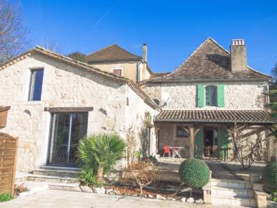 maison de caractère rénové à vendre Dordogne