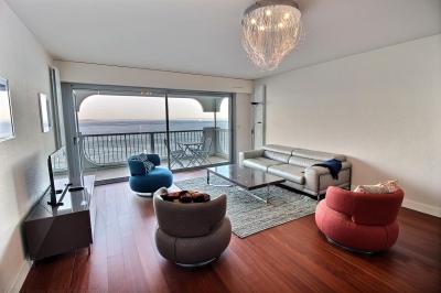 appartement 4 personnes vue mer première ligne luxe parking piscine a louer arcachon centre