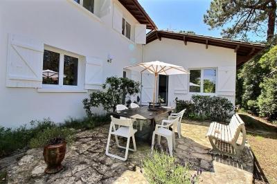 Location villa 4 chambres - 8 personnes - plage et commerces à pied ARCACHON LE MOULLEAU