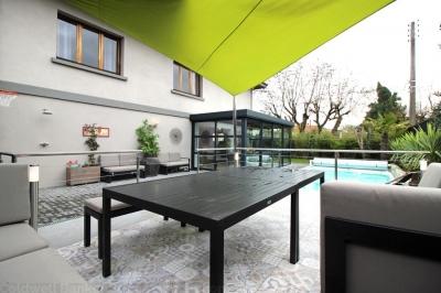 Acheter une villa de 5 chambres avec piscine chauffée à Bordeaux Cauderan