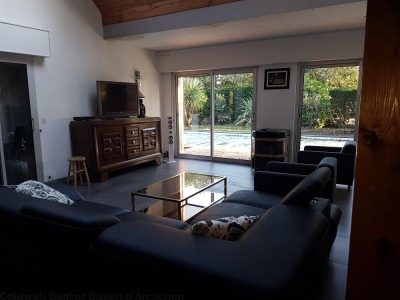 Recherche maison d'architecte 3 ou 4 chambres lege cap ferret