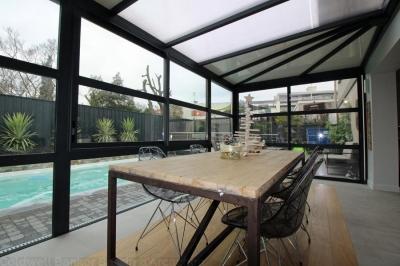Villa entièrement rénovée à vendre à Bordeaux Cauderan avec 5 chambres